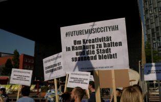 Unterschriftensammlung für einen aktiven Kulturraumschutz: Hamburger Musikclubs läuten Finale ein